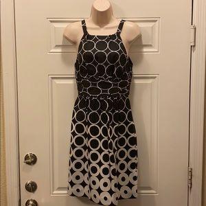 White House Black Market 100% Silk Dress Size 0